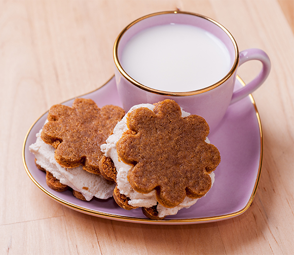 Ginger-Molasses-cookie-post-2
